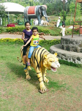 Children play park at Mantra Resorts